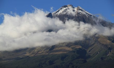 Mount Taranaki – rainbow gathering