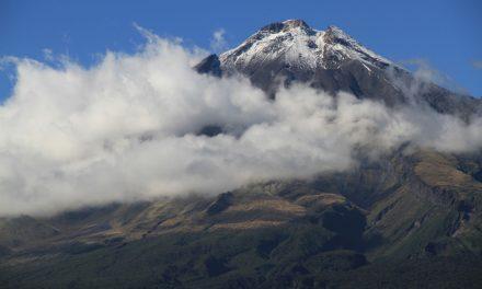 Mount Taranaki – rainbow gathering